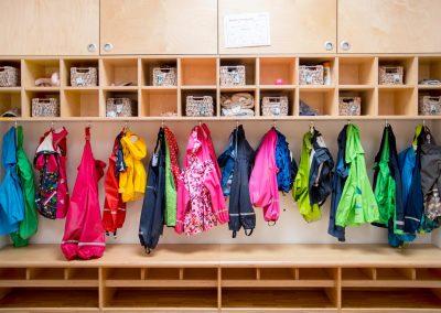 Kinderraeume_Kindergarten_Cadolzburg_Garderobe_Thumbnail